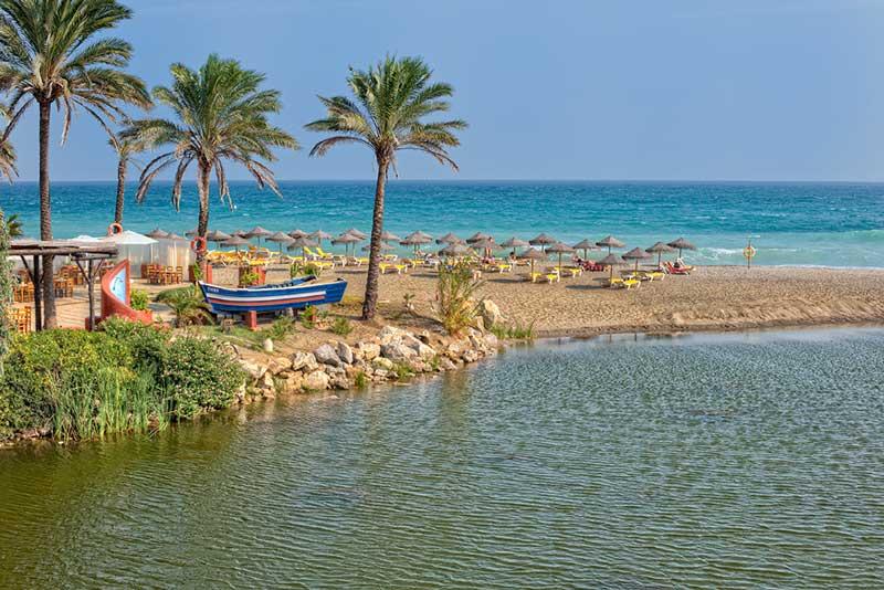 Resultado de imagen para playa rio verde marbella
